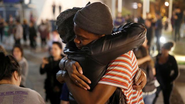 """Bebés llorones"": castigarían a universidades que 'consolaron' a estudiantes tras triunfo de Trump"