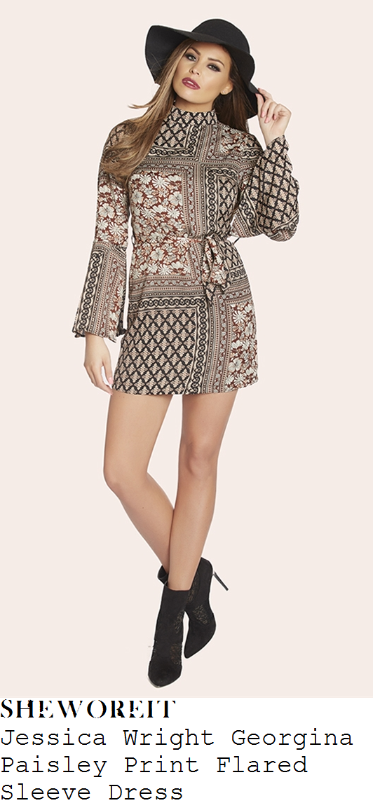 jessica-wright-georgina-paisley-print-flared-sleeve-dress