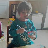 fabriquer décoration bricolage halloween tout petits enfants lanternes