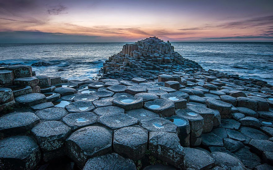 12. Giants Causeway located in Northern Ireland - 29 Unbelievable Locations That Look Like They're Located On Another Planet