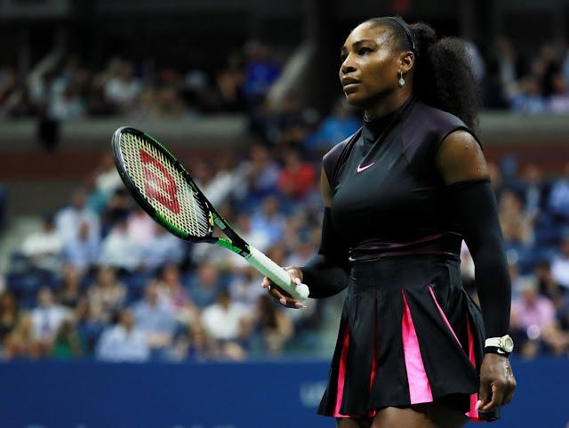 Serena Williams loses No. 1 ranking