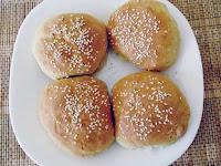 Σπιτικά ψωμάκια με γιαούρτι για χάμπουργκερ - by https://syntages-faghtwn.blogspot.gr