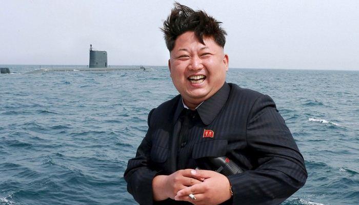 Kim Jong-un dan kapal selam rudal balistik Mei 2015