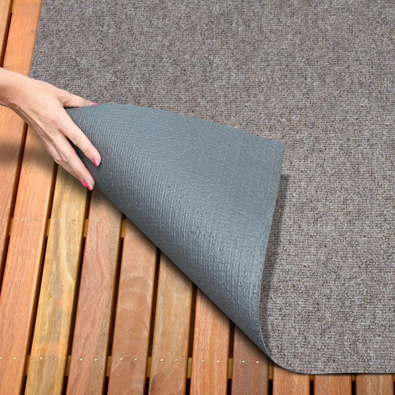 Outdoor Carpet Tiles and Grass Outdoor Carpeting