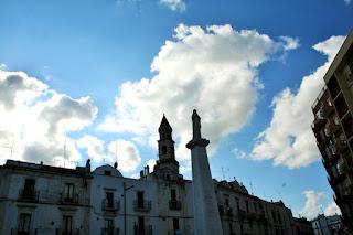 cielo, nuvole, statua, piazza, Putignano