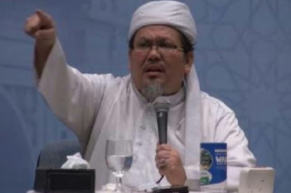 Tegas! Ustadz Tengku: Melihat Banyaknya Masalah, Penyelesaian Paling Tepat Ganti Presiden 2019