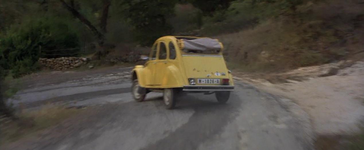 [Image: Pagi+car+chase.jpg]