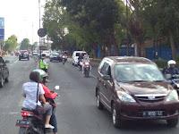 Cara Mengenali Potensi Bahaya di Jalan