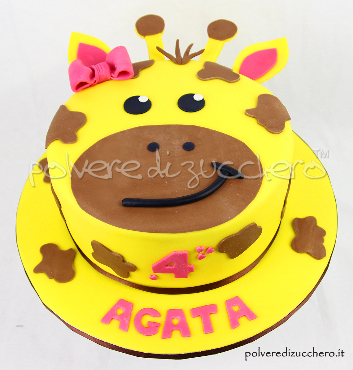 cake design torta decorata pasta di zucchero giraffa giraffe cake polvere di zucchero