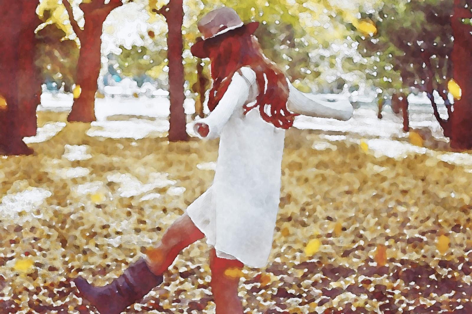 水彩画の落ち葉の上を歩く女の子