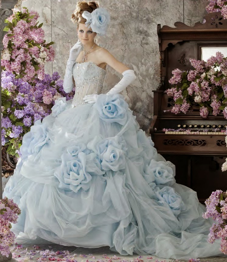 Dayeong Restofus Light blue wedding dress