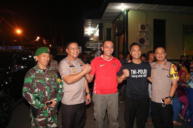 Soliditas TNI Polri, Kodim 0418/Palembang Gelar Ngopi Dan Nobar