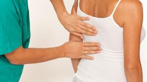 dolores de espalda media