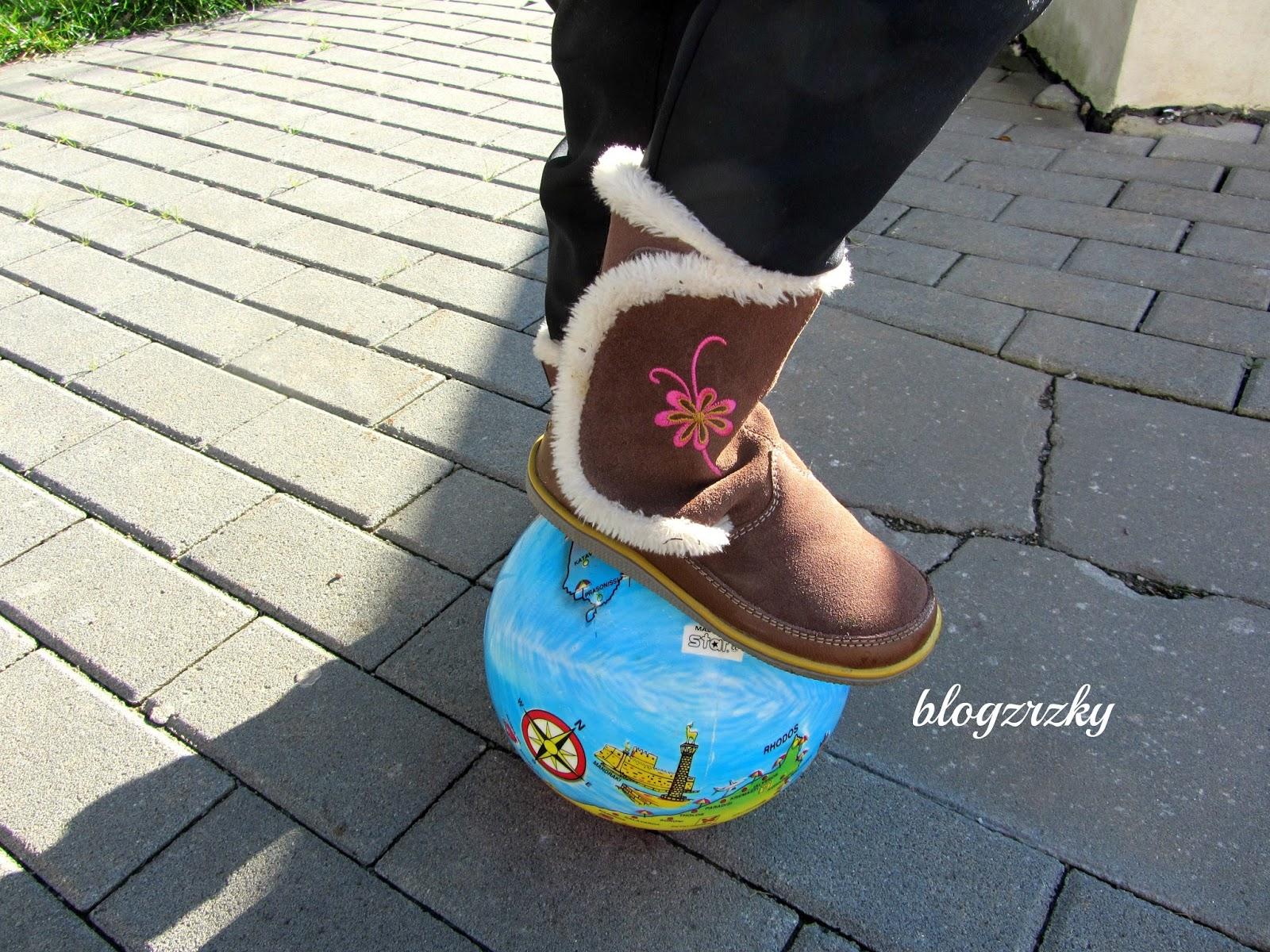 188 g váží jedna bota s oběma vložkami ve velikosti 29 (US 11 d8ee9b6bc13