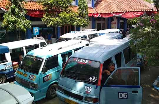 sopir angkot ancam transportasi online