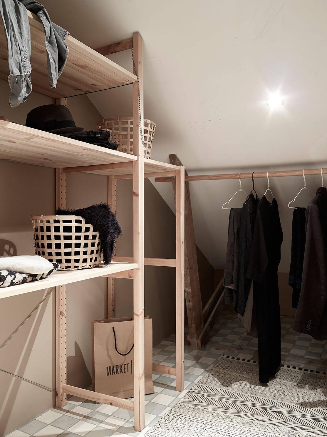 pomysły na garderobe, jak zorganizować małą garderobę? jak urządzić małą garderobę