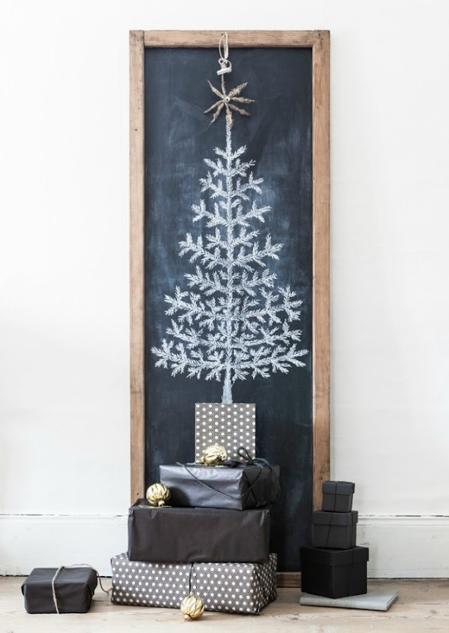 árboles de Navidad en pizarra