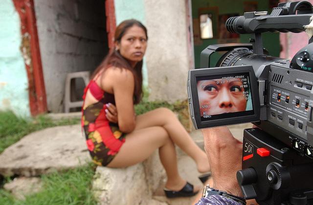 Honduras mujer de noche - 3 1