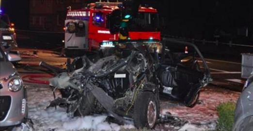 L'horreur en Belgique: un terrible crash impliquant cinq étudiants de retour d'une soirée fait trois morts