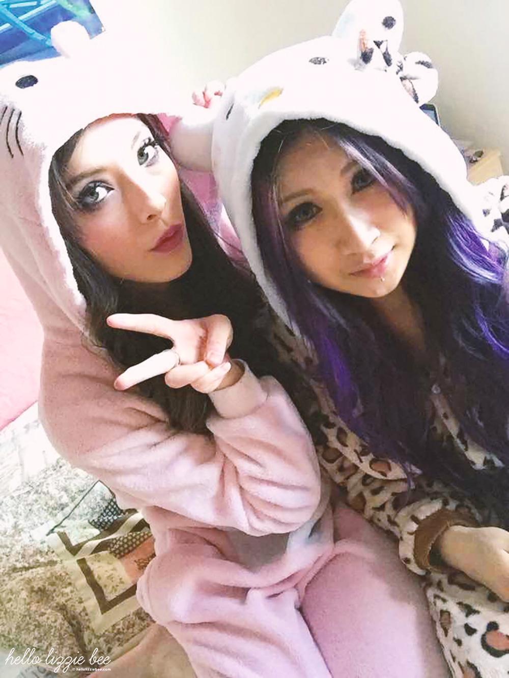 gyaru sleepover in kigurumi