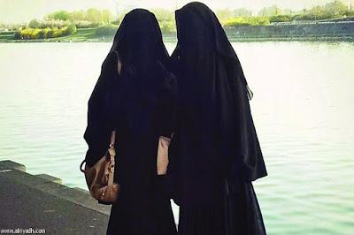 ga perlu memakai jilbab asal hatinya baik