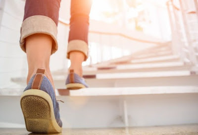 Waspada Gejala Demensia, Penurunan Kecepatan Berjalan