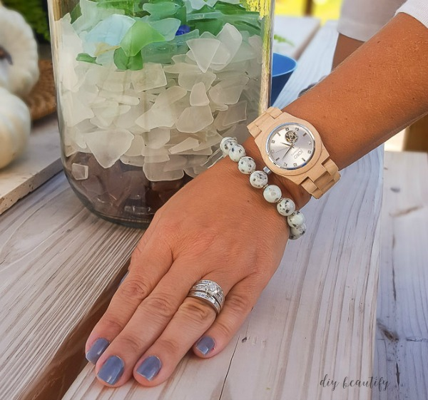 JORD wood watch with chunky bracelet http://www.woodwatches.com/#diybeautify