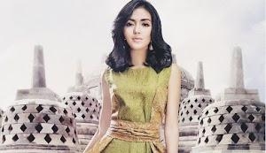 Mimpi Kartini dalam Sorot Mata Anastasia Herzigova