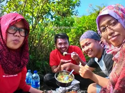camping gunung andong