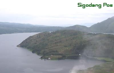 Danau Toba dari Peabang