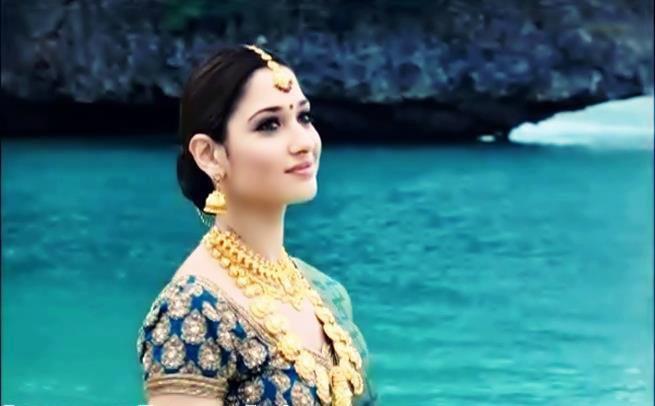 Gorgeous Tamanna In Sri VijayaLakshmi Saree Ad Stills ...