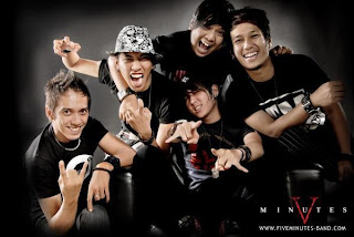Lirik Lagu dan Video Klip Five Minutes - Galau