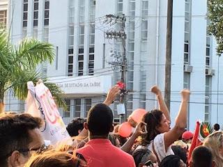 Petista morre eletrocutado em evento da ex-terrorista Dilma em Aracaju