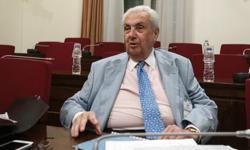 Ο Δημήτρης Κοντομηνάς νοσηλεύεται στο «Υγεία»