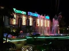 Dua Pekan Pasca Peresmian, Lampu Utama Taman Stasiun Puri Pati Sudah Rusak