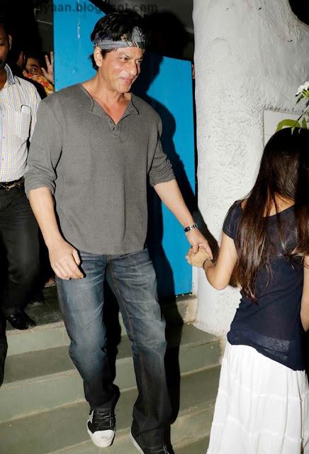 shahrukh khan with daughter suhana