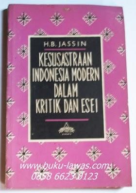 Kesusastraan Indonesia Moderb dalam Kritik Dan Esei  IV  Oleh H.B. Jassin. Tebal 176 halaman.