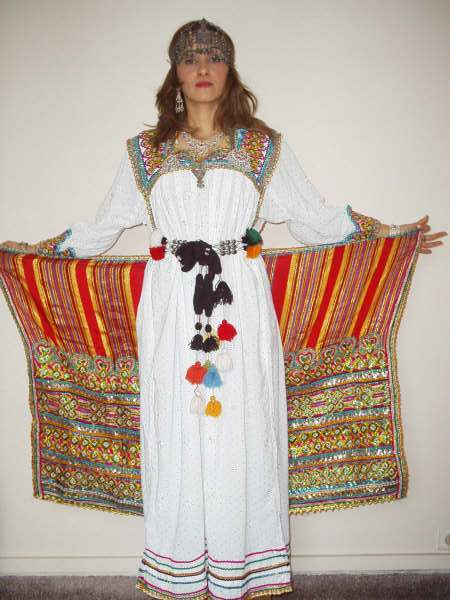 Robes Kabyles 2013 des beaux robes kabyles photos La-Robe-Kabyle.jpg