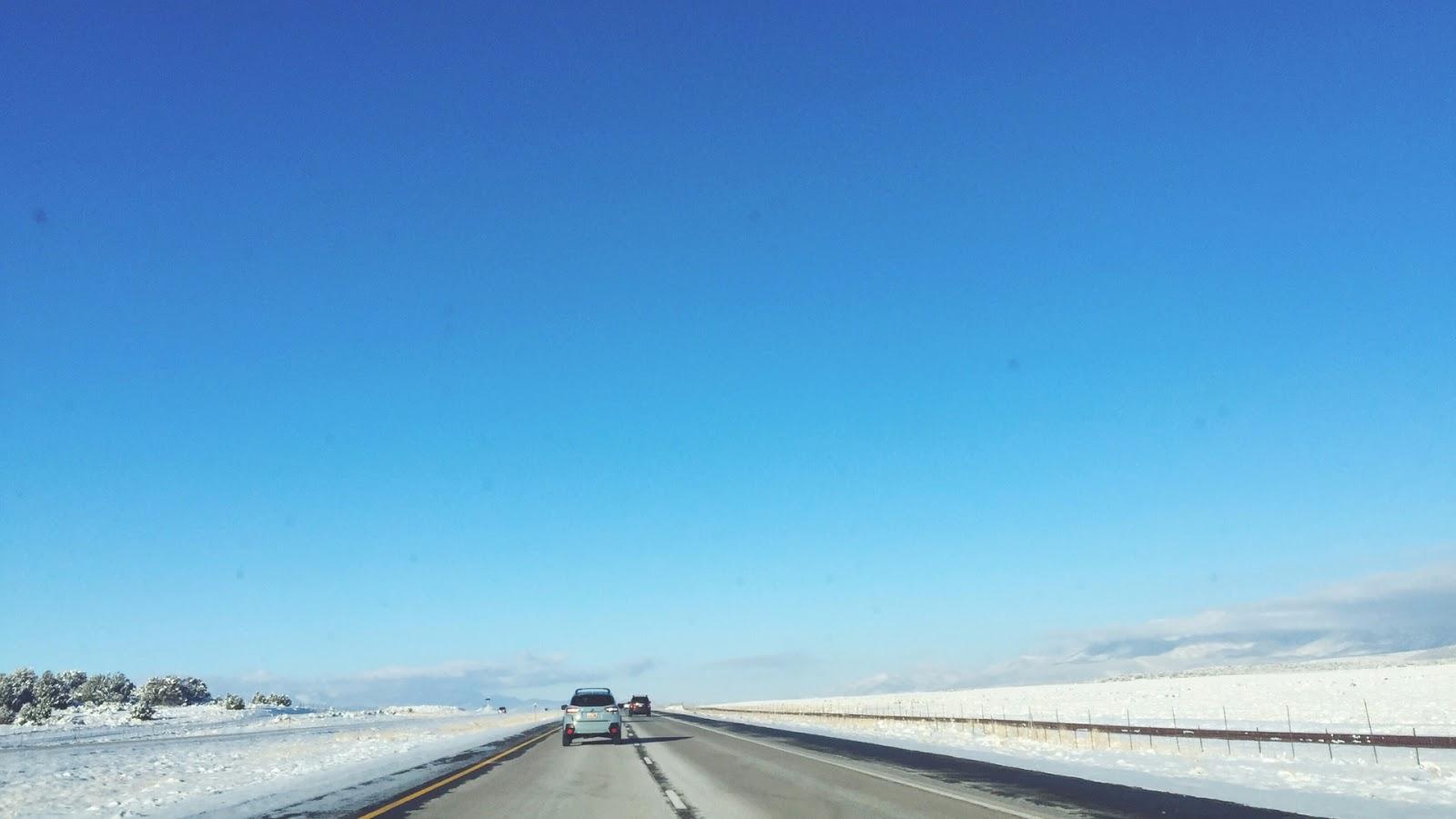 Snow Scenery // January Desktop Wallpaper Download // www.thejoyblog.net