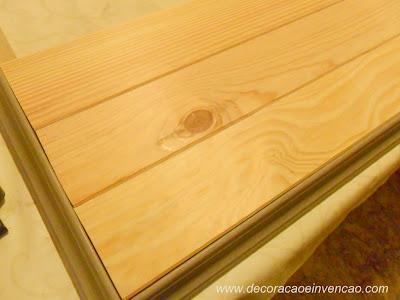 painel de tv com madeira de forro