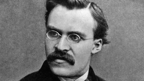 Friedrich Nietzsche en 100 Frases.