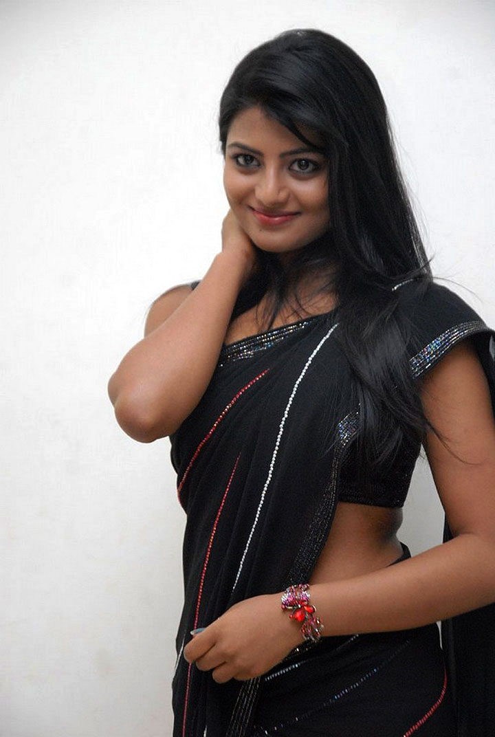 Actress Anandhi Photos in Black Half Saree