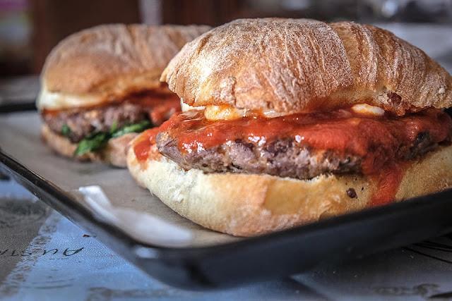 Panino con burger di cavallo
