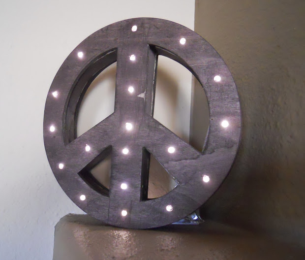 Corner Window Crafts Diy Lighted Peace Sign
