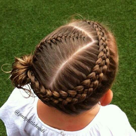 Cute%2BEasy%2BHairstyles%2BFor%2BLittle%2BGirls%2B%25281%2529 30 Cute Easy Hairstyles For Little Girls Interior