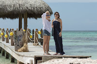 47 Meters Down Mandy Moore and Claire Holt Image 13 (16)