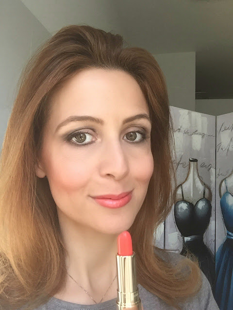 Clarins Joli Rouge Brillant Coral Tulip on my lips su Fashion and Cookies beauty blog, beauty blogger