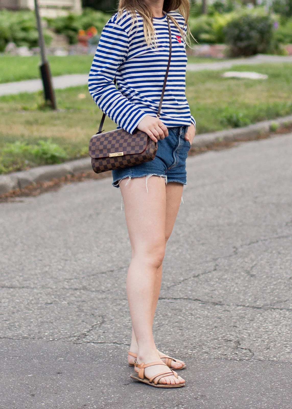 Comme des Garcons play stripe top - levi's shorts - Louis Vuitton bag - Outfit