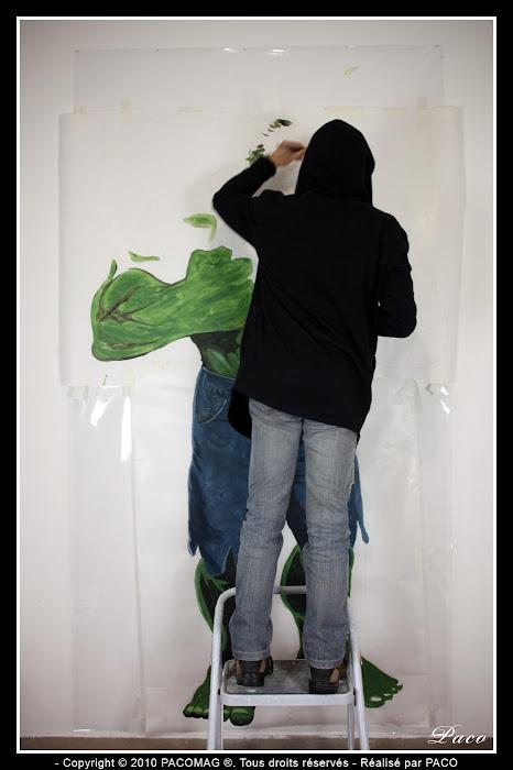 dessinage Hulk street art Sedan