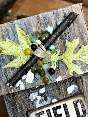 Sara Emily Barker http://sarascloset1.blogspot.com/ Field Notes Mini Album 3D Texture Fade Lumber 6